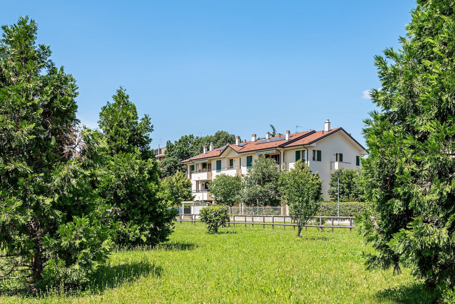 Condominio Il Melograno – Condominio Ai Boschi, via Tricino 89-89a-b-c e via dei Boschi 28-30-Nerviano (10)