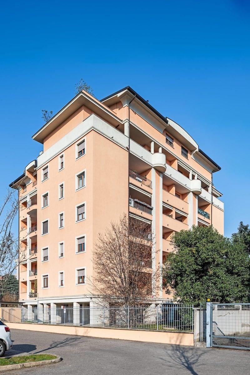 Condominio Ornella, via Sabotino 39 Saronno-HDR-2
