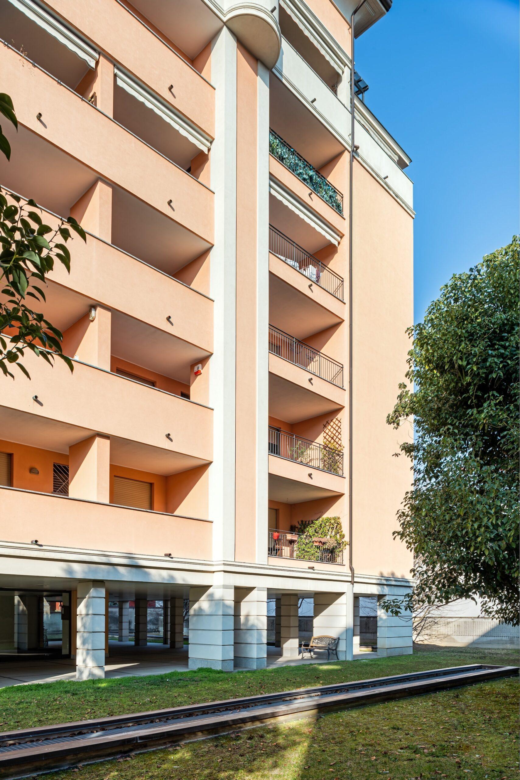 Condominio Ornella, via Sabotino 39 Saronno-HDR-4