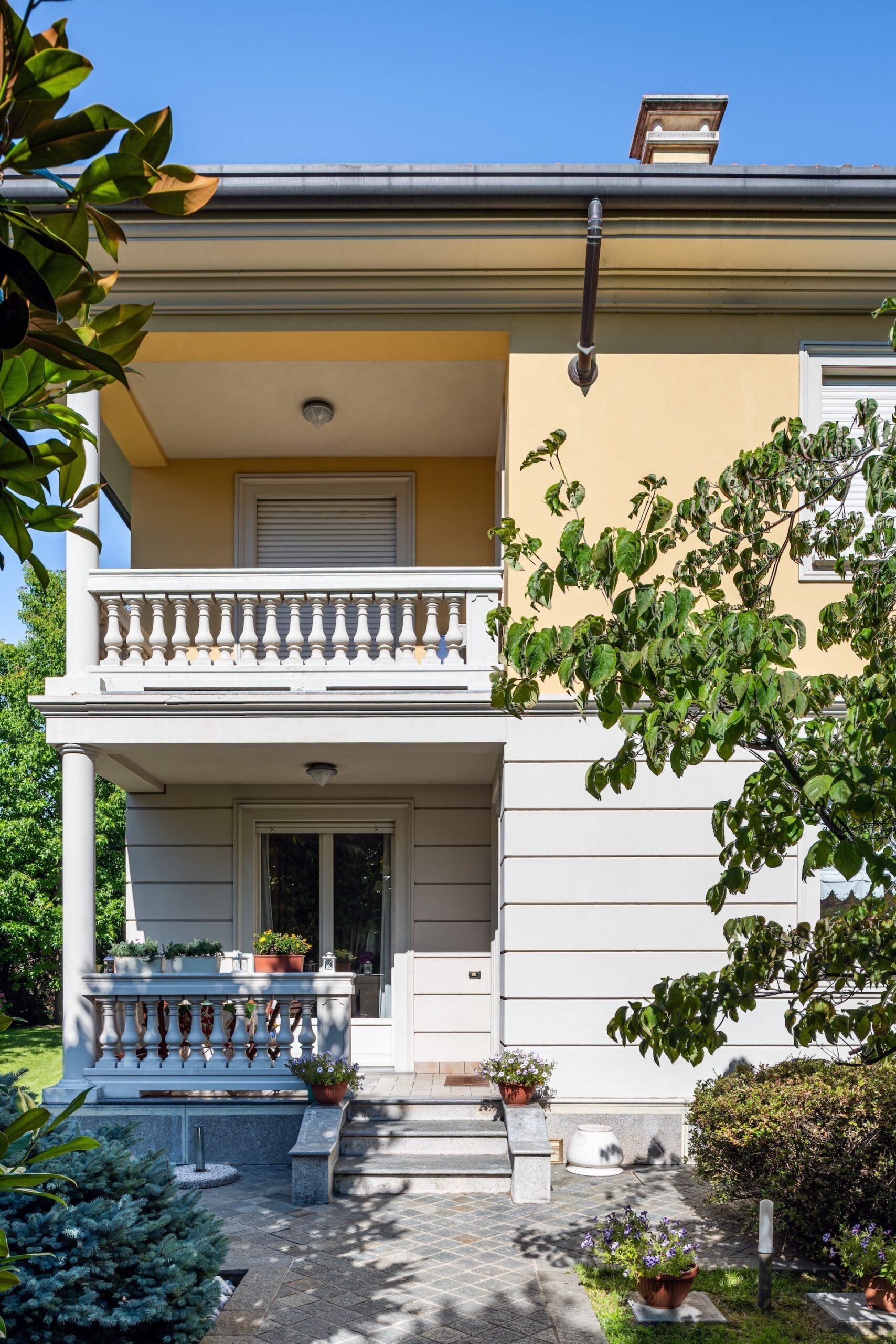 Villa Bifamilaire, Via D. L. Monza 31 Saronno-HDR-1
