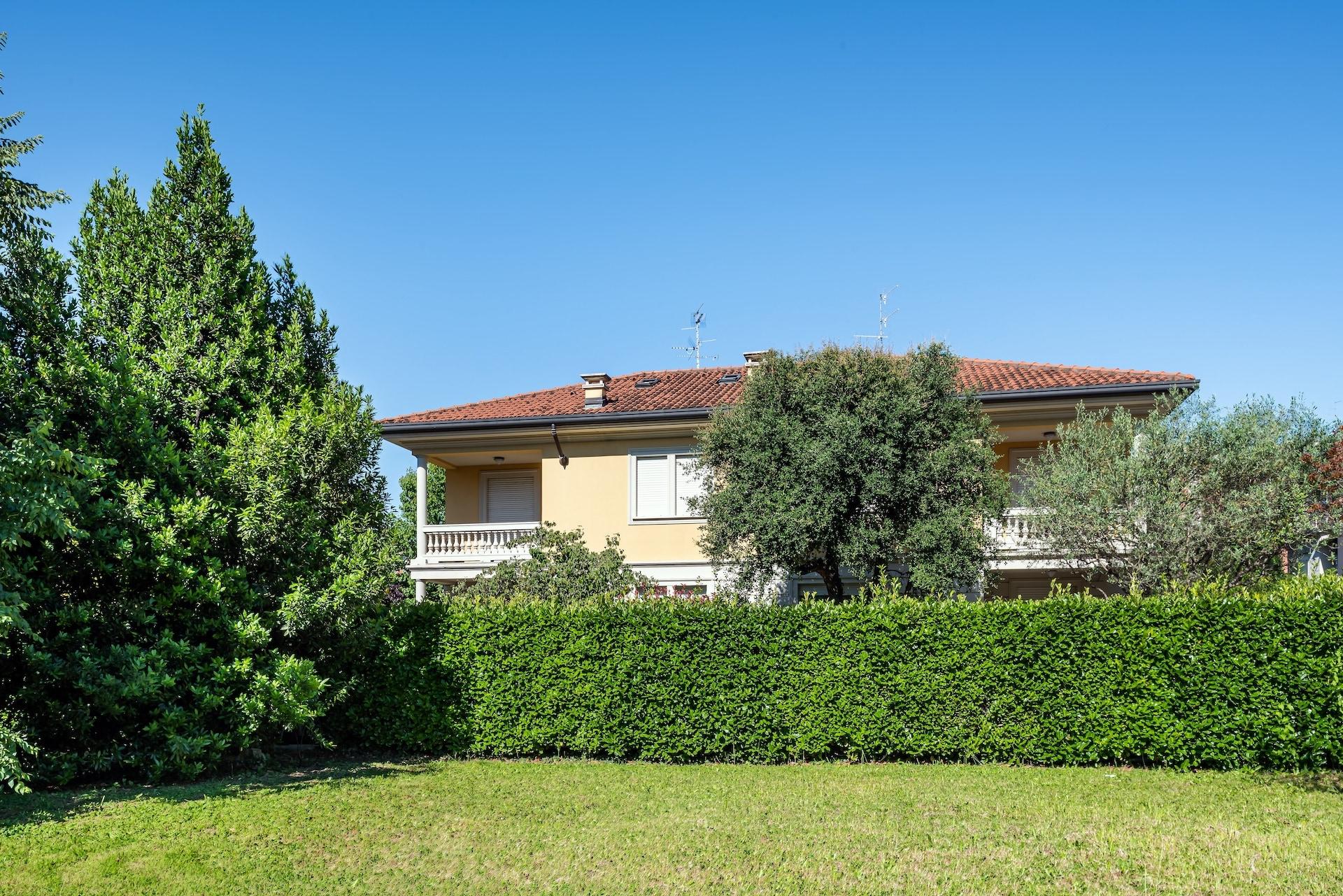 Villa Bifamilaire, Via D. L. Monza 31 Saronno-HDR-5